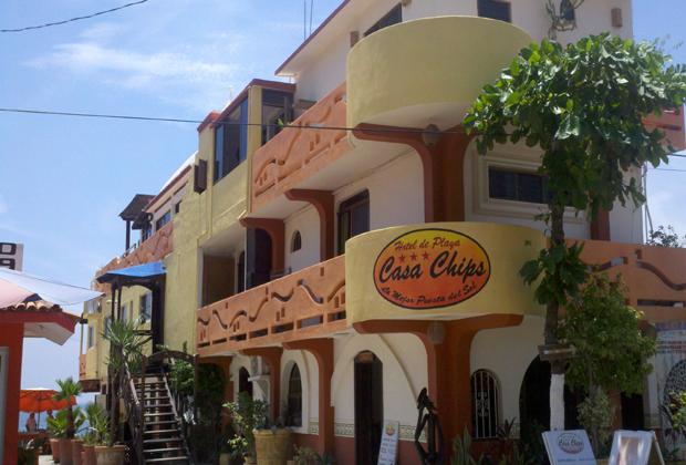 CASA CHIPS BARRA DE NAVIDAD OCEAN FRONT HOTEL KITCHENETTE
