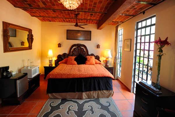 Casa Flores B&B Ajijic 7