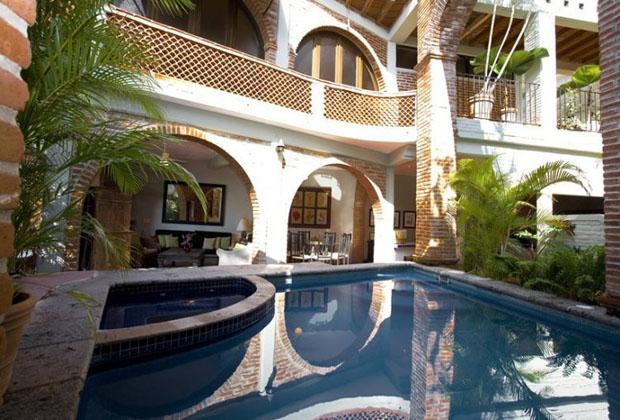 @Casa Tres Vidas PuertoVallarta Pool and jacuzzi