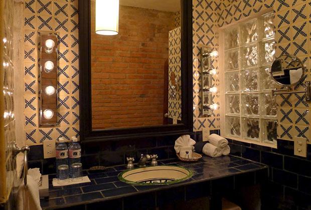 Casa Tres Vidas PuertoVallarta villa bathroom