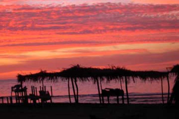 Casa de Los Artistas Boca de Tomatlan Palapa Sunset