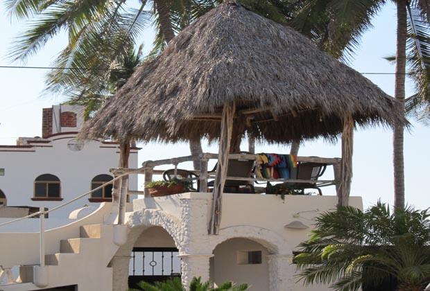 Casa-de-los-Pelicanos-Guayabitos-Riviera-Nayarit-Palapa