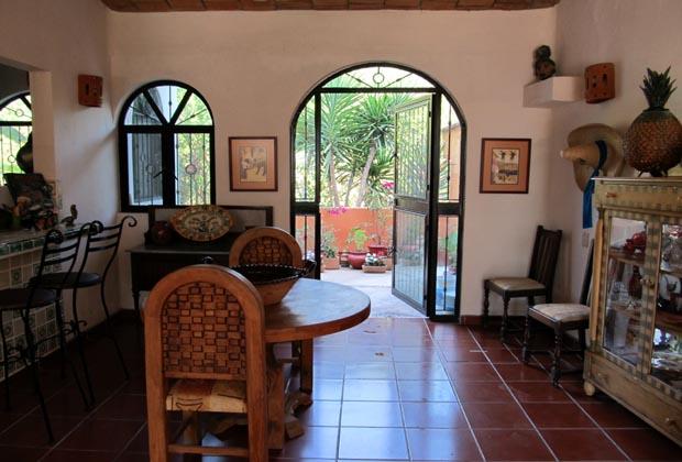 Casa-de-los-Pelicanos-Guayabitos-Riviera-Nayarit-Tile Floors