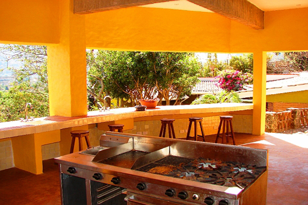 La Villa Bonita Tepoztlan Morelos Mexico Outdoor Kitchen-Cocina