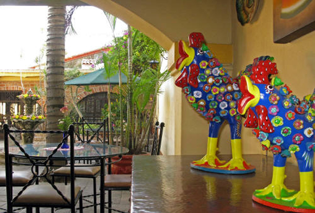 Quinta Don Jose Charlie's Whimsical Folk Art Tlaquepaque