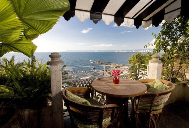 Quinta Mariz Cortez Puerto Vallarta - romantic patio view