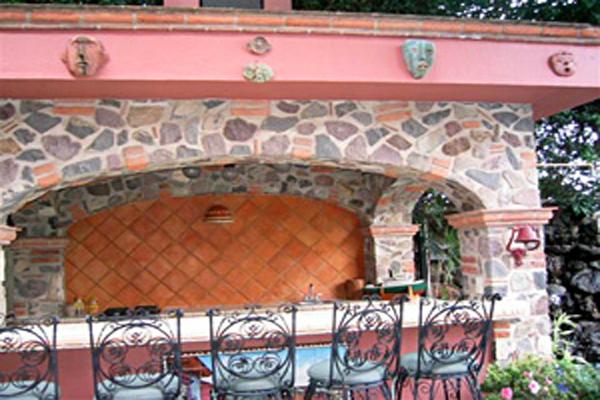 Villa Angel Ajijic B&B - Outdoor Garden Bar