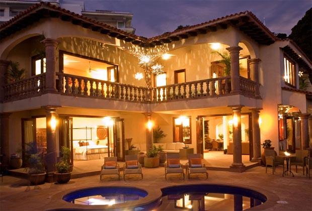 Villa Encantada Conchas Chinas Puerto Vallarta at Night