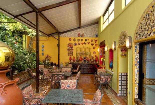 Casa De Las Flores B&B Tlaquepaque Mexico - Breakfast Area - Artistic