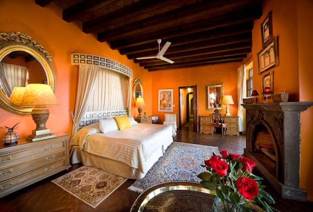 Casa Schuck Royal Wedding Suite Fresh Roses Romantic Patio