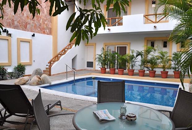 Hacienda Alemana Adult Business Hotel Puerto Vallarta Pool Lounge