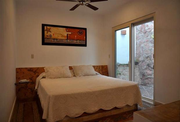 Hotel Hacienda Alemana Romantic Adult Vacation PV