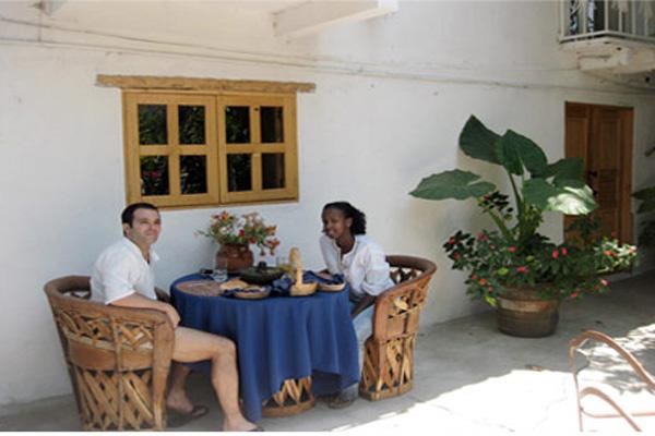 Hotel La Casona Temazcal, Temascaltepec-Garden Restaurant, Mexico State