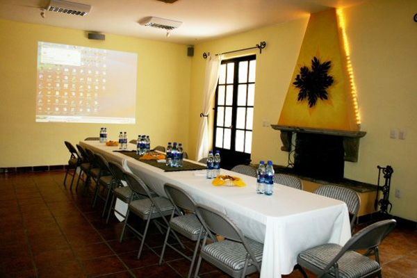 Villa del Ensueno Tlaquepaque Mexico Meeting Room