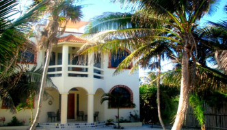 Casa Amor Del Sol Bed and Breakfast, Mexican Riviera, Tulum, Quintana Roo