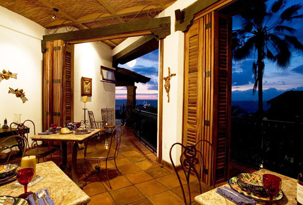 Casa Corona Puerto Vallarta Romantic Mexico Holiday