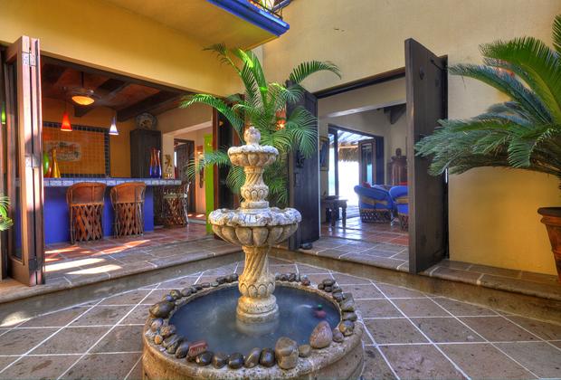 Casa Lazuli Punta el Custodio Mexico - Courtyard Garden Fountain
