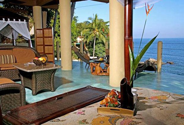 Casa Perico Yelapa Vista Romantica Upscale Oceanside Palapa style Villa