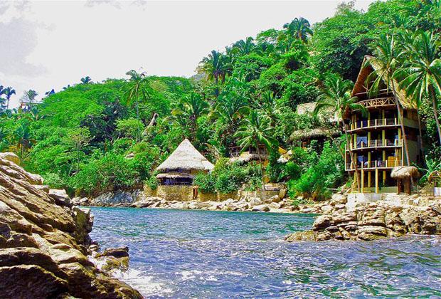 Casa Perico Yelapa Vista Romantica palapa on ocean