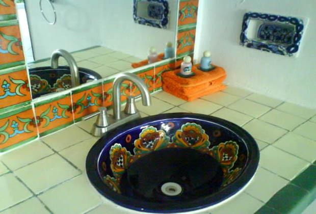 Don Diego de la Silva -Tulum Talavera Tile Bathroom