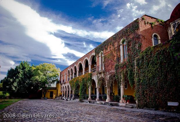 Hacienda El Carmen fachada Ben Olivares
