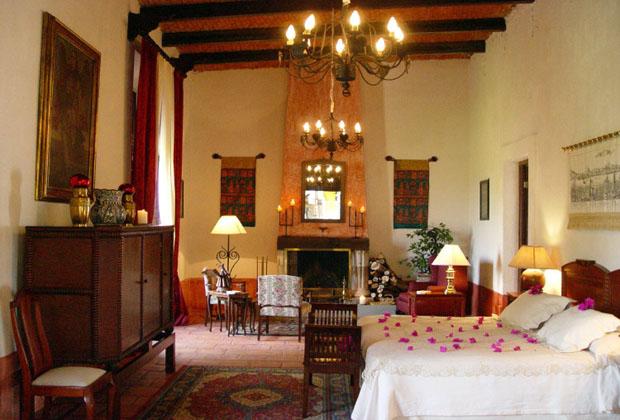 Hacienda el Carmen Pre-Hispanic Mexico Wedding Romantic Suite Joaquin