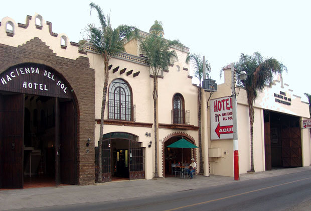 Hotel Hacienda del Sol Tonala Guadalajara Budget Hotel