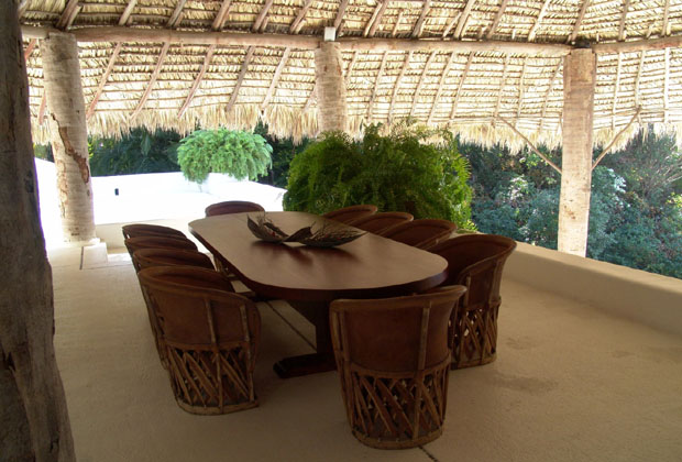 La casa del sol is a luxury rental villa on t mexican for Balcony restaurant group