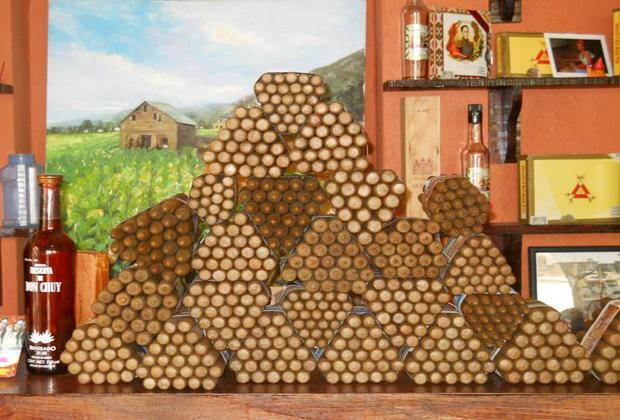 El Gato Gordo Premium Cigars Old Town Vallarta