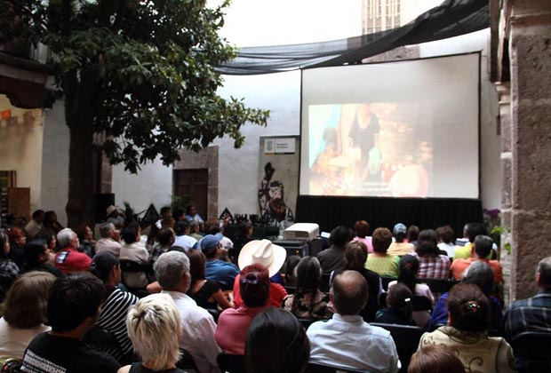 Brilliant Soi Premiere Morelia Museum Oct. 2011
