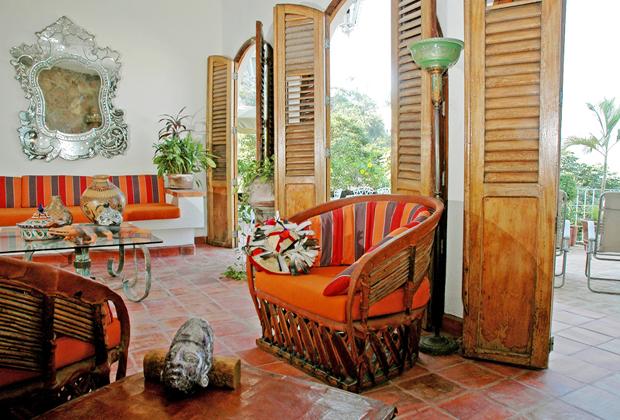 Casa de Los Arcos Old Vallarta villa vacation rental