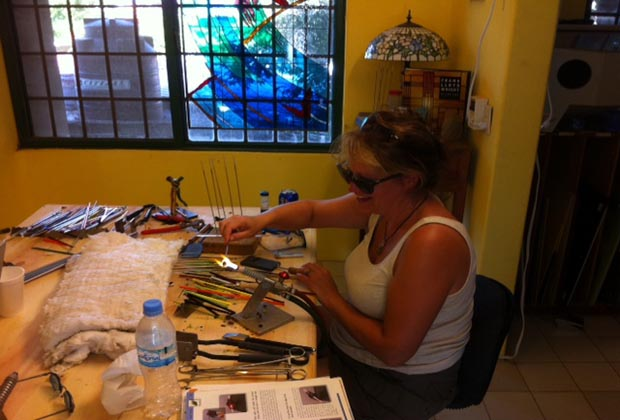 Splash of Glass Studio Gallery Bucerias Artist at Work