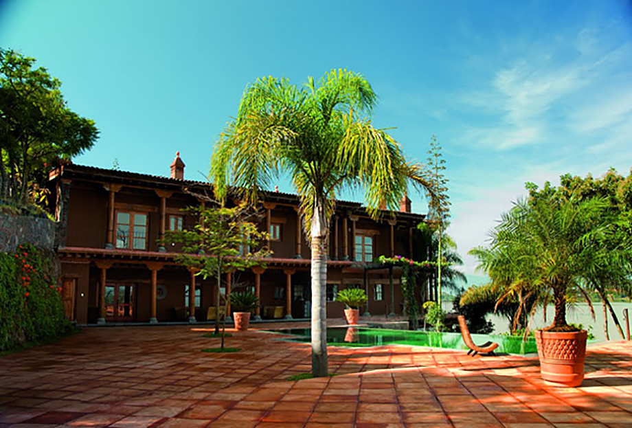 Hotel  Boutique Hacienda Ucazanaztacua, 16th Century Architecture