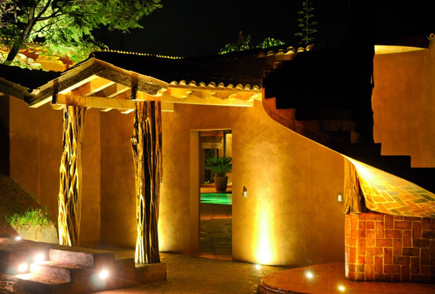 Hotel  Boutique Hacienda Ucazanaztacua, Patzcuaro at Night
