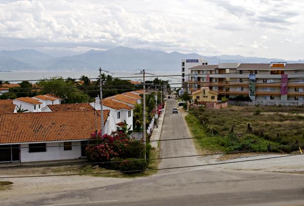 La Joya Huanacaxtle Condos Walk to Beach Vallarta area