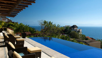 Why Seniors Buy Mexican Real Estate in Puerto Vallarta and the Bay of Banderas In Spite of Issues