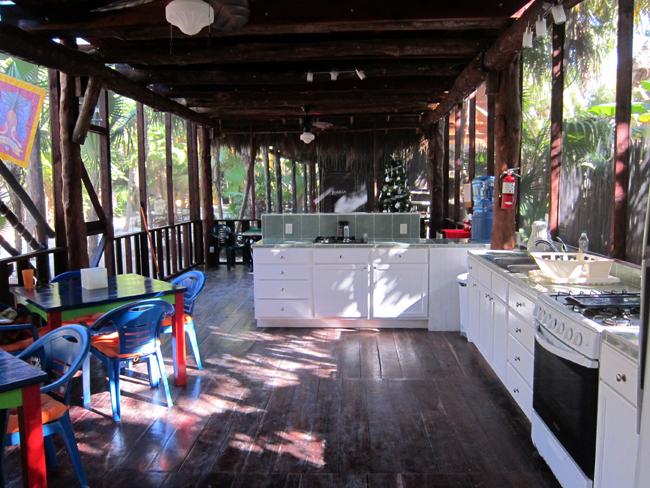 Las Palmas Maya - Communal Kitchen & Lounge
