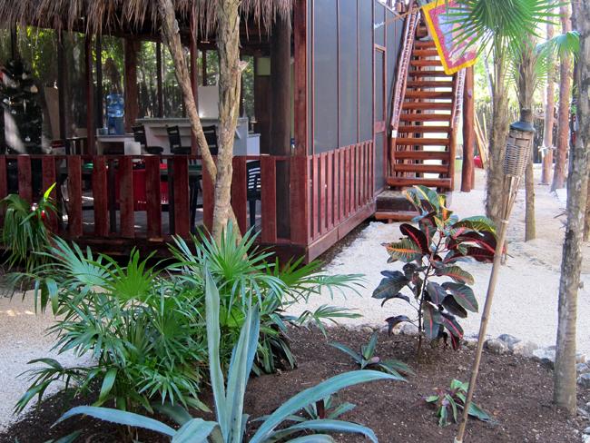 Las Palmas Maya - Communal Lounge